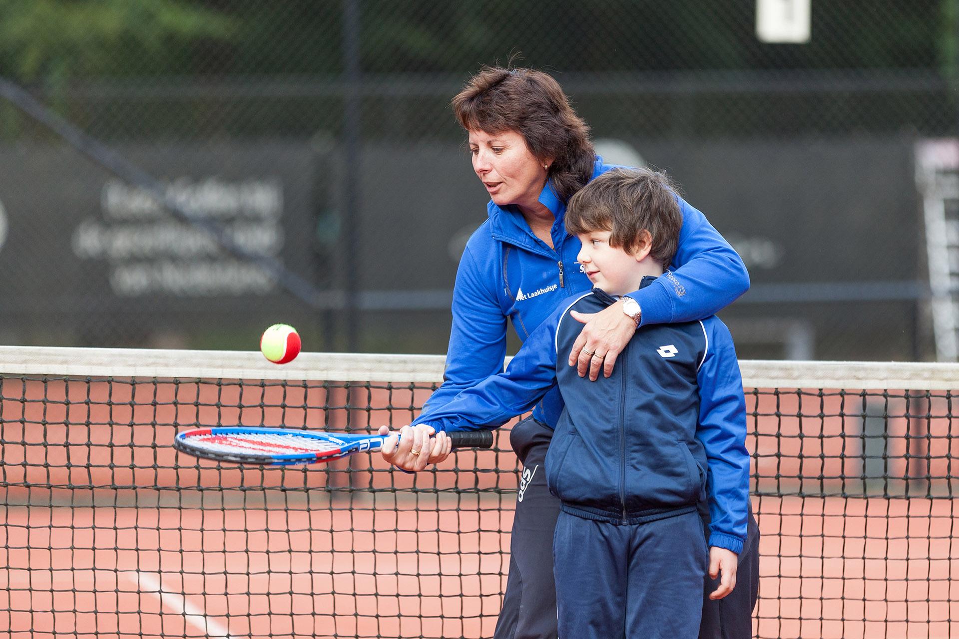 Tennisvereniging Het Laakhuisje: Lekker ballen aan de Laak